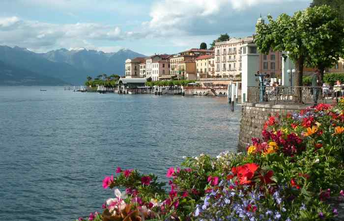 Booking Bellagio Italy hotels